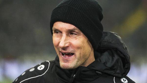 Leverkusen esonera Herrlich