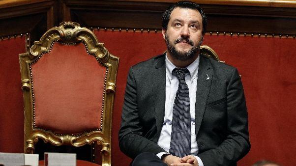 Salvini, Gesù nella spazzatura, pazzesco