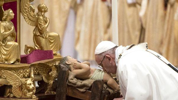 Papa: superare ingordigia ed egoismi