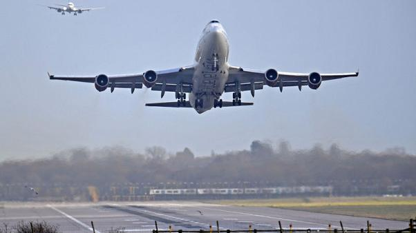 France's Vinci to buy majority stake in Gatwick airport for 2.9 billion pounds