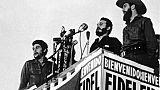 Armes et blouses blanches: 60 ans de révolution cubaine dans le monde