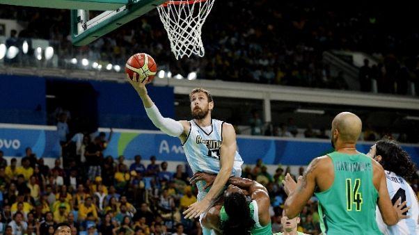 Basket: Torino nel caos, taglia Delfino