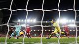 فيرمينو يلهم ليفربول لفوز بخماسية وتوسيع الصدارة إلى تسع نقاط