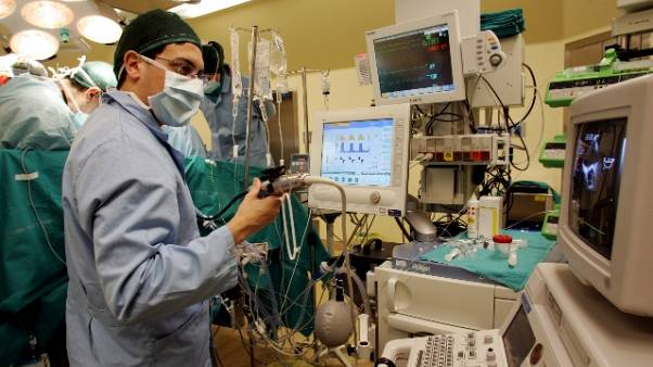 Via tumore da cuore senza aprire torace