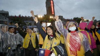 """A Taïwan, des """"gilets jaunes"""" mobilisés pour une réforme fiscale"""