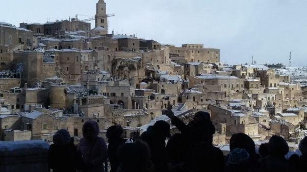 Una 'cartolina': i Sassi sotto la neve