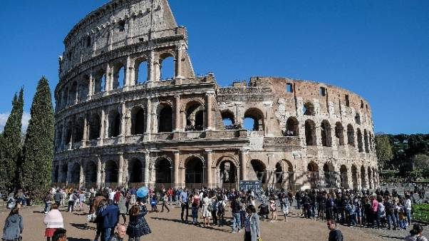Colosseo: in arrivo restyling aree verdi