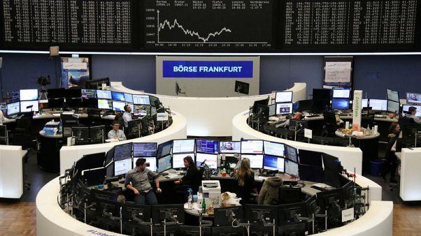 تحذير أبل يهز الأسهم الأوروبية مع تهاوي قطاع التكنولوجيا