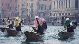 Regata Befane in Canal Grande a Venezia
