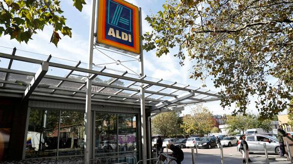 Aldi UK says December sales almost £1 billion