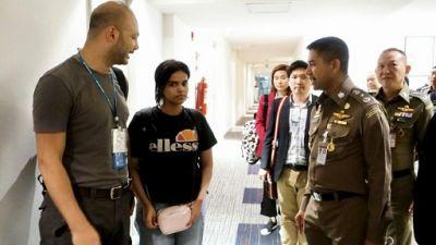 """Une jeune Saoudienne demandeuse d'asile placée """"sous la  protection"""" du HCR, selon la Thaïlande"""