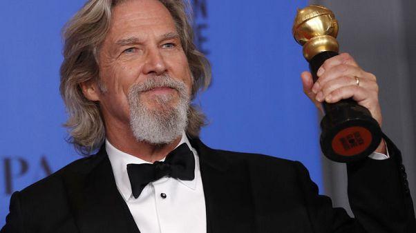 جيف بريدجز يحصل على جائزة جولدن جلوب عن مجمل أعماله