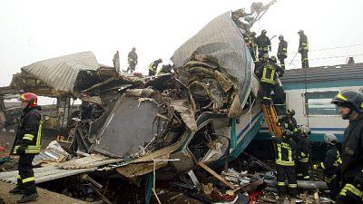 Crevalcore ricorda vittime scontro treni