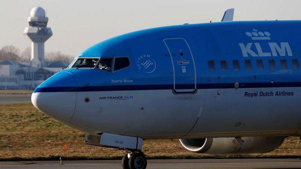 الخطوط الجوية الهولندية تلغي 159 رحلة يوم الثلاثاء بسبب عاصفة