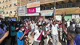 Plus de 800 manifestants arrêtés au Soudan, premier rassemblement prorégime