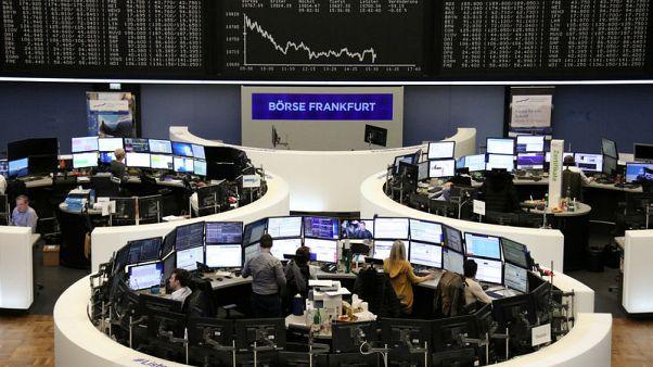 أسهم أوروبا تهبط بفعل المخاوف بشأن النمو الاقتصادي