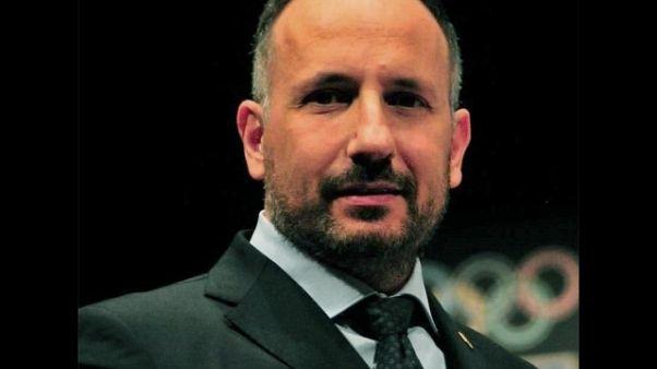 Asti, sindaco rinuncia ai rimborsi