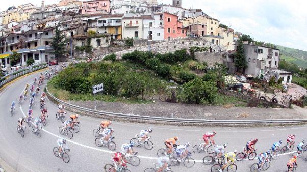 Ciclismo: gara a tappe tutta in Sicilia