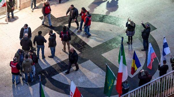 Giornalisti aggrediti: due denunciati