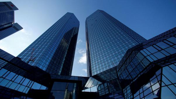 Deutsche Bank to cut 2018 bonus pool by about 10 percent - Bloomberg