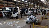 تكاليف الاستيراد تخنق الإنتاج في مصنع الشاحنات الوحيد بليبيا