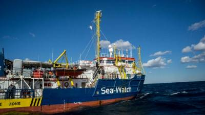 Migrants bloqués en mer: Malte exige une solution globale