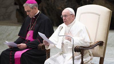 Papa, Dio non dimentica chi soffre