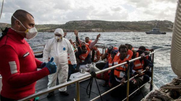 Les 49 migrants bloqués en Méditerranée ont débarqué à Malte