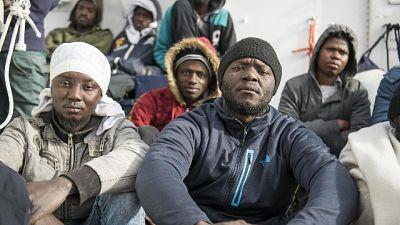 """Migranti, """"alcune famiglie in Italia"""""""