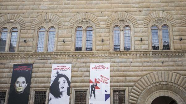 Aggredì Abramovic,fermato nudo a Firenze