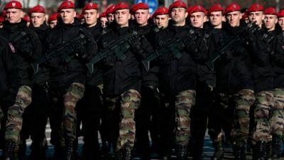 """Bosnie: """"fête nationale"""" des Serbes, un """"mensonge"""" pour les Bosniaques"""