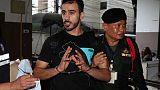الفيفا يطالب بإعادة لاعب بحريني محتجز في تايلاند إلى استراليا