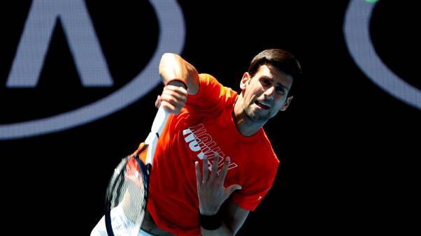 Djokovic mauls Murray in Australian Open practice match