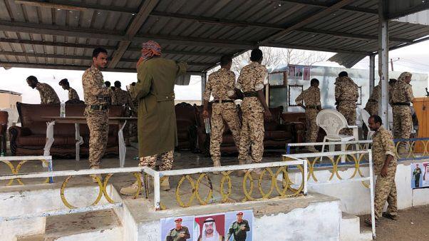 طائرات الحوثيين المسيرة تهاجم عرضا عسكريا للجيش اليمني وسقوط قتلى