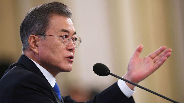 رئيس كوريا الجنوبية يدعو بيونجيانج إلى خطوات جريئة قبل قمة كيم وترامب