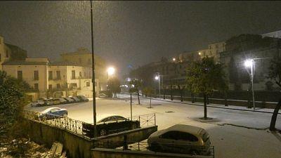 Neve nel cosentino, scuole chiuse