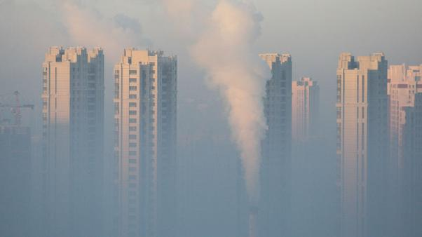 China could lift life expectancy by nearly three years if it meets WHO smog standards - study