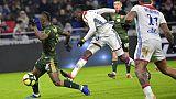 Ligue 1: Lyon, tenu en échec par Reims 1-1, perd des points sur Lille, deuxième