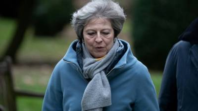 "Brexit: May met en garde contre ""une rupture"" de la confiance démocratique"