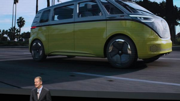 Volkswagen to invest $800 million, build new electric vehicle in U.S.