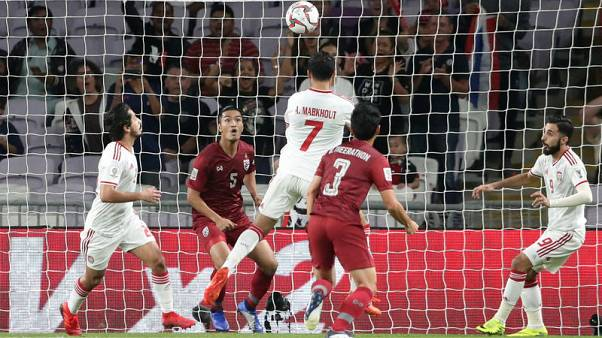 الإمارات المتأهلة تتعادل مع تايلاند وتحتفظ بقمة مجموعتها