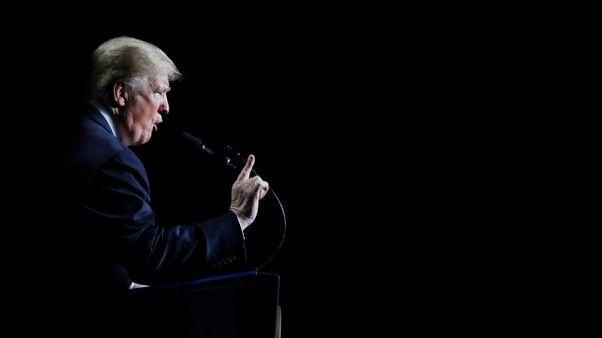 ترامب يتوقع توصل أمريكا لاتفاق تجاري مع الصين