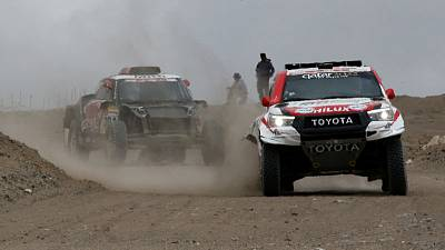 Rallying - Peterhansel takes seventh Dakar stage to move up to second