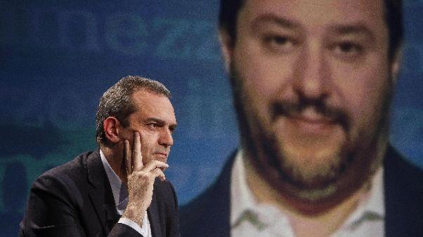Sicurezza, de Magistris sfida Salvini