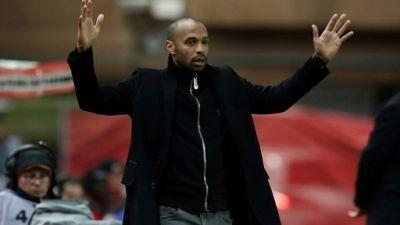 Ligue 1: Henry-Vieira, pas facile la vie de coach des ex-Gunners