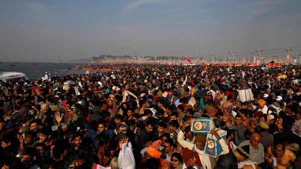 انطلاق مهرجان هندوسي في الهند والسياسة تلقي بظلالها على الحدث