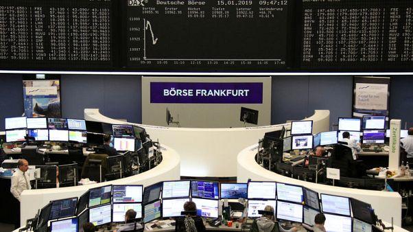 الأسهم والبنوك الأوروبية ترتفع بعد رفض اتفاق الانفصال البريطاني