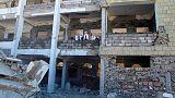 عودة الدراسة بمدرسة تعرضت للقصف في اليمن مع صرف رواتب المعلمين