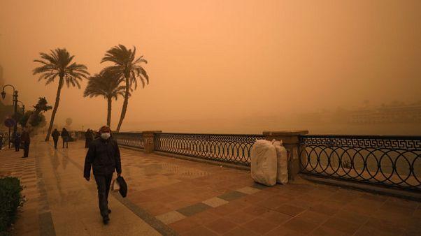 مصر تعيد فتح 5 موانئ بعد تحسن الأحوال الجوية