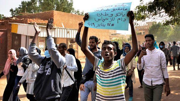 لجنة أطباء مرتبطة بالمعارضة السودانية: مقتل طبيب وطفل في احتجاجات السودان